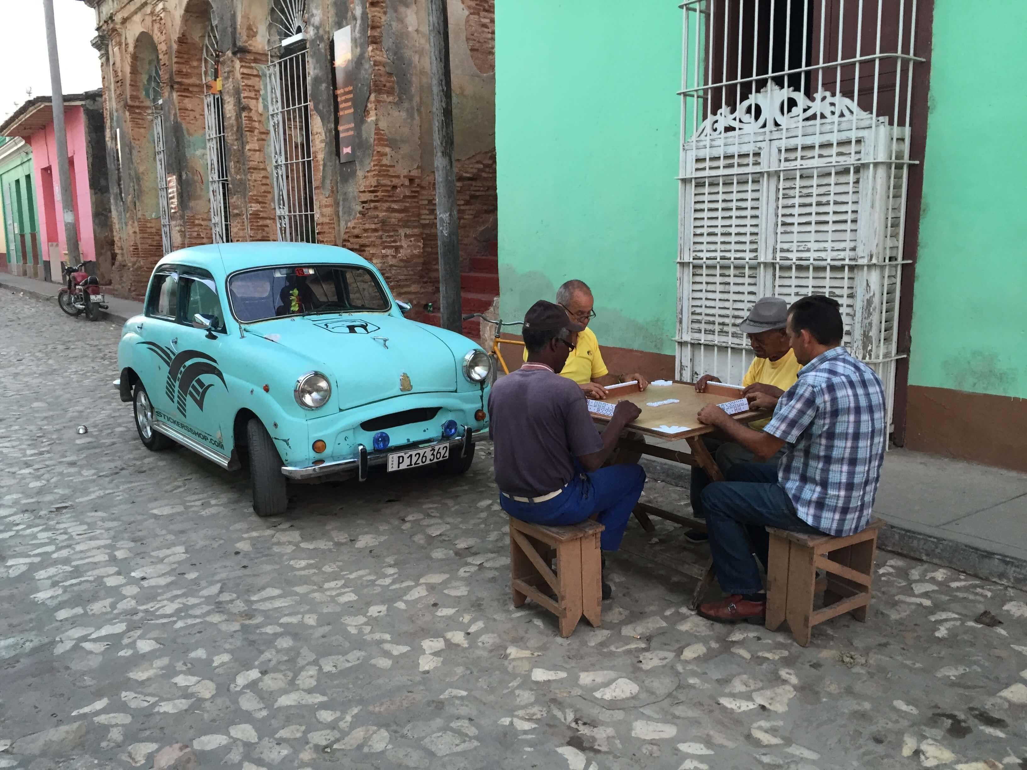Trinidad Domino Spielen auf der Strasse